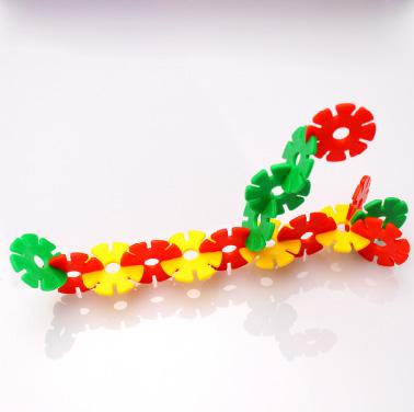 供应益智早教构造童才雪花片拼插 塑料积木 约290片儿童玩具 3.3cm