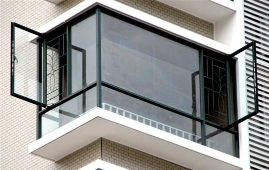 防盗网,防护栏,防护窗,铝合金窗花,港式铝窗花,阳台防护栏,室内防护窗
