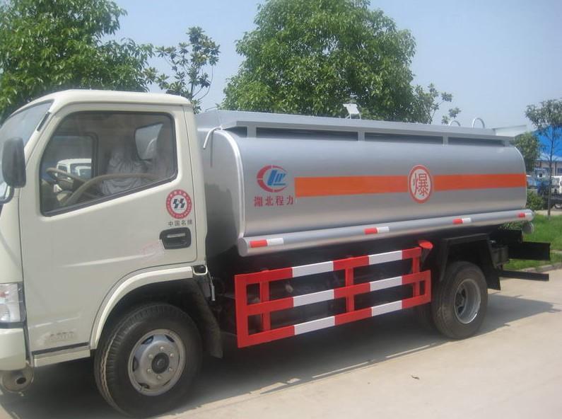 济南小型5吨流动加油罐车有卖 价格一辆