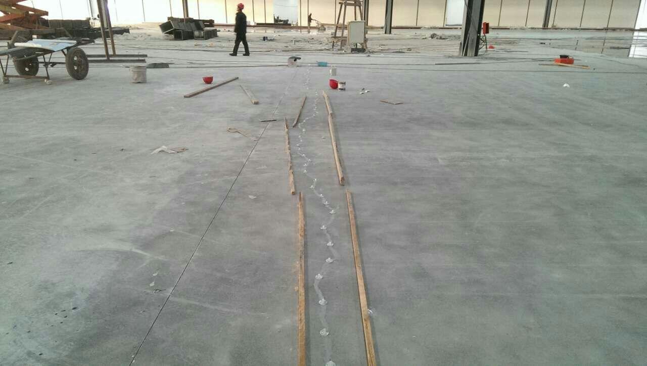 天津武清開發區歐盟標準廠房地面裂縫施工處理方案
