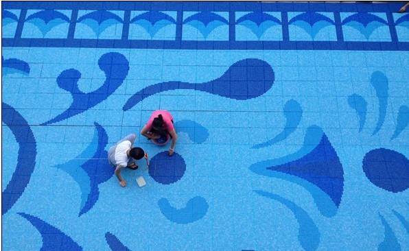 游泳池马赛克图案拼花供应商-通体陶瓷马赛克背景墙图片