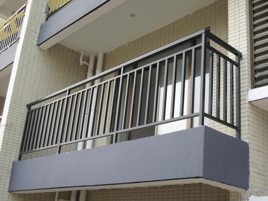 铁艺护栏,铸铁护栏,铁艺大门,阳台护栏,铁艺楼梯扶手,镀锌护栏,pvc
