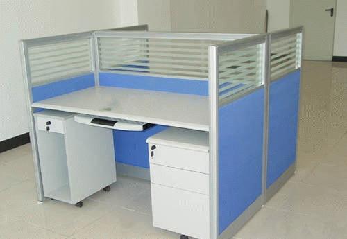 屏风办公桌有几人位的 屏风办公桌如何摆放安装