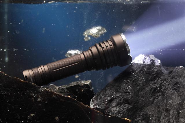 强光防爆手电筒,防爆手电筒价格