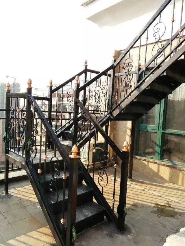 揭阳市铝合金玻璃护栏生产厂家,江门市不锈钢玻璃护栏厂,梅州市钢结构