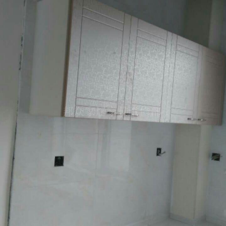 办事处:天河区中山大道中1218号骐丰大厦 公司承接维修业务: 有专业的安装、维修人员,更换玻璃门各种型号地弹簧、有皇冠地弹簧,多玛地弹簧。GMT地弹簧等,玻璃门夹子、玻璃门拉手、无框玻璃门锁,双开玻璃门锁,不锈钢玻璃门锁,进口玻璃门锁,进口办公室玻璃门 我们为客户提供完整的服务,从前期的设计到后期的施工都有完善的工作体系.