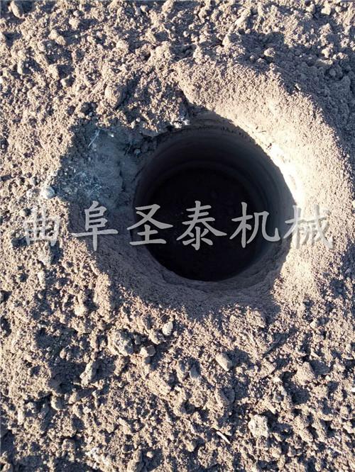 安徽玉米秸稈收割粉碎青儲機廠家