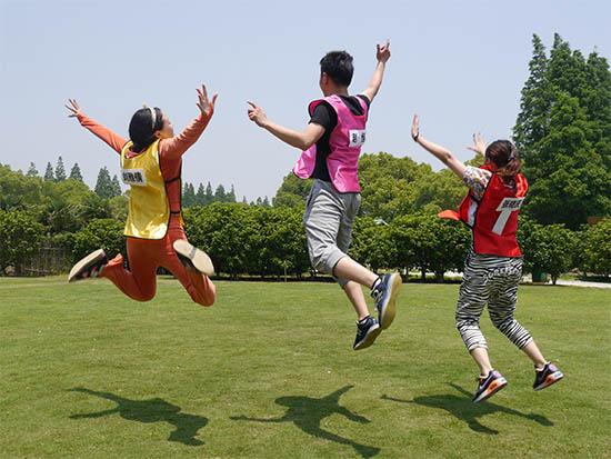上海长兴岛长岛庄园团队活动桑葚蓝莓采摘 休闲拓展