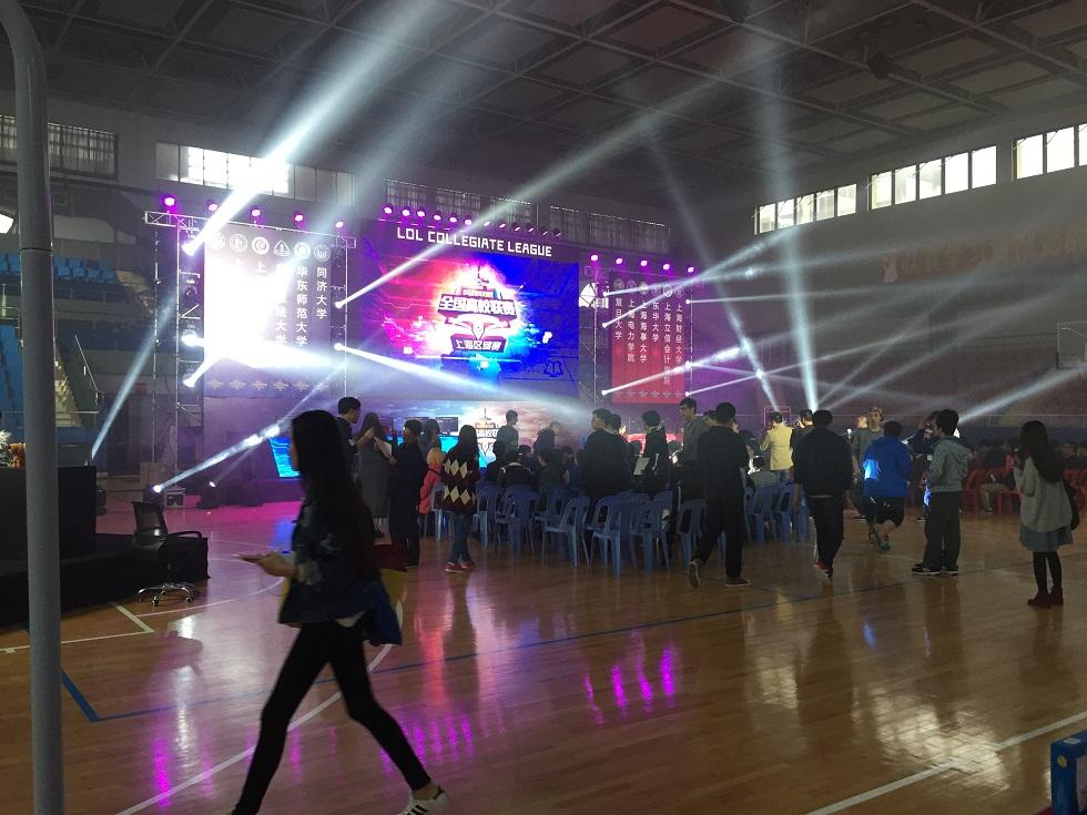 深圳LED大屏幕租赁价格