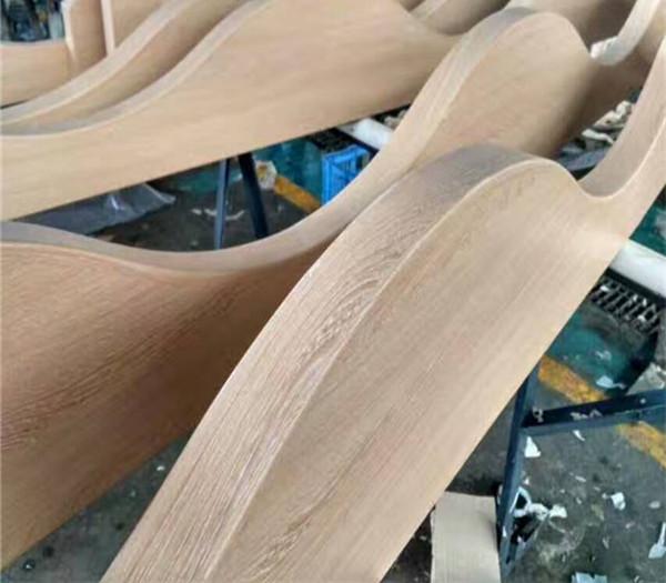 铝方通厂家,弧形木纹铝方通,13312842678