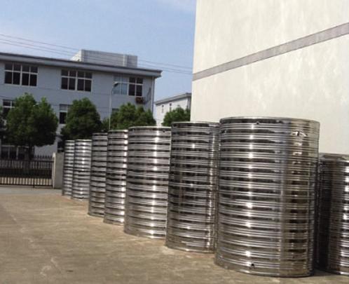 立式不锈钢保温水箱 圆形不锈钢水箱