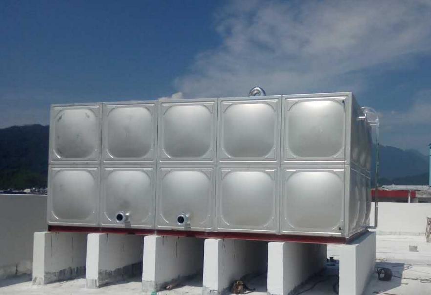 供给不锈钢保温水箱