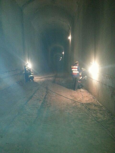 高速隧道防水堵漏施工方法