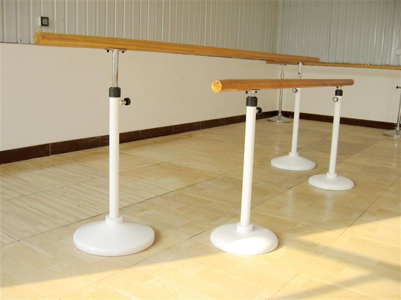 小学舞蹈室把杆高度