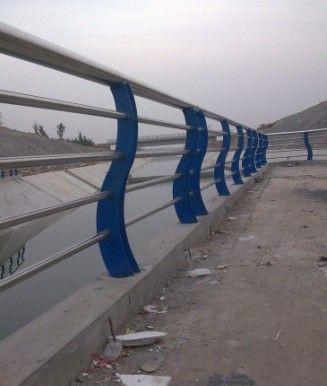 厂家直销不锈钢复合管桥梁护栏 河道观景防撞桥梁护栏图片