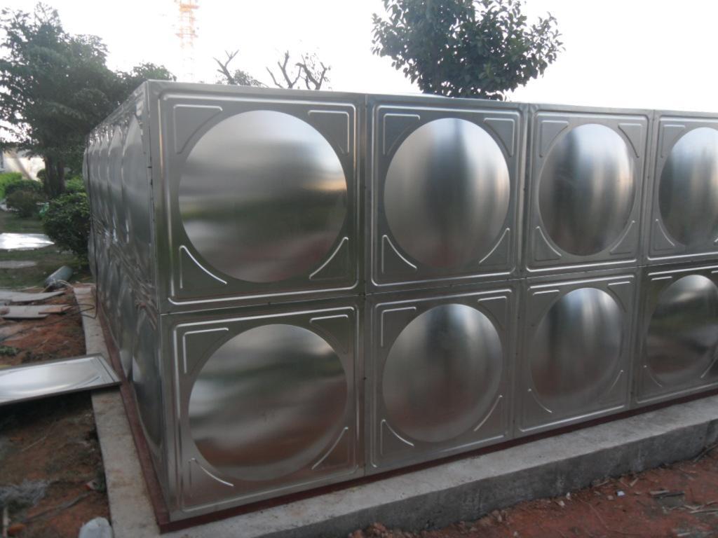 青岛不锈钢保温水箱消防水箱箱泵一体化组合式水箱地埋式水箱