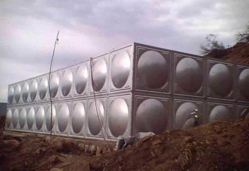 青山不锈钢生活水箱多少钱