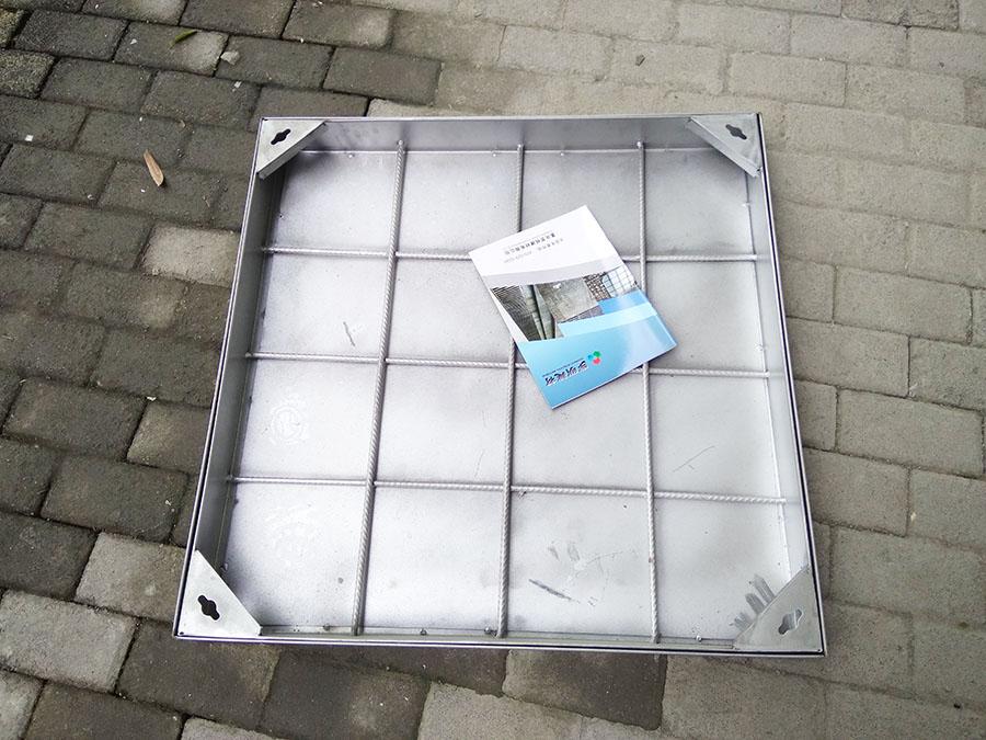 重庆不锈钢井盖隐形下沉式井盖雨水篦子图片