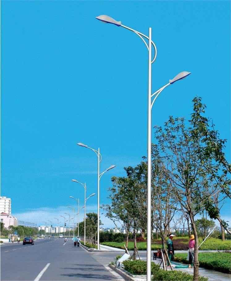 宜賓路燈LED太陽能路燈電話