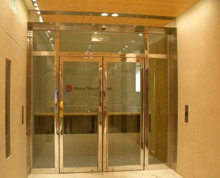 不锈钢防火玻璃门 边框为拉丝 镜光 玫瑰金 黑钛等