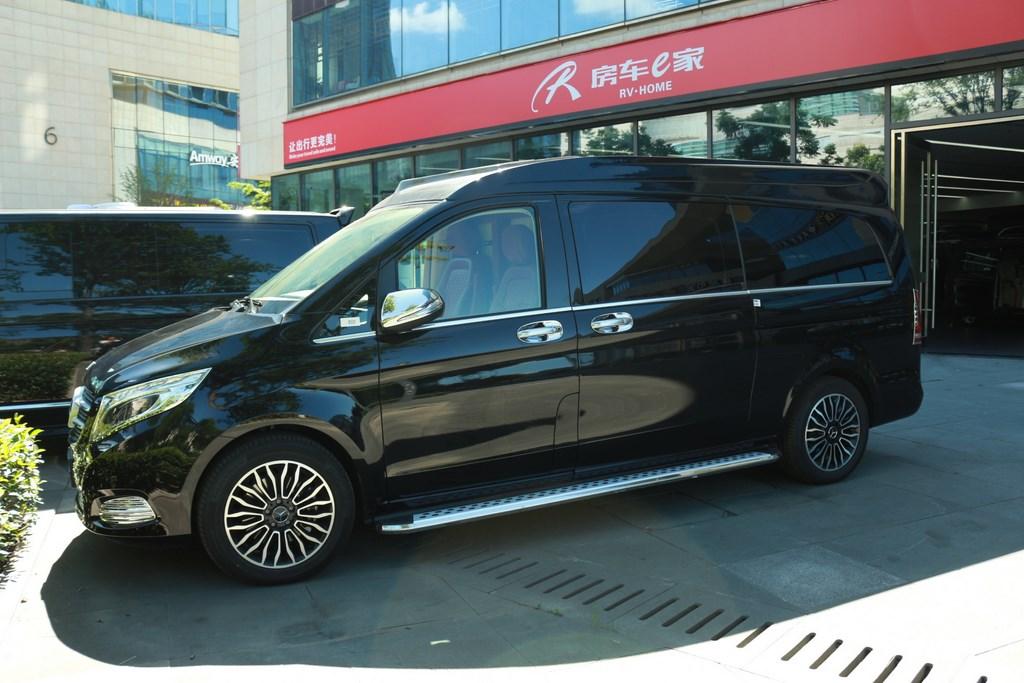 廣州豪華奔馳V260商務房車高頂隔斷紅色兼白現車在店