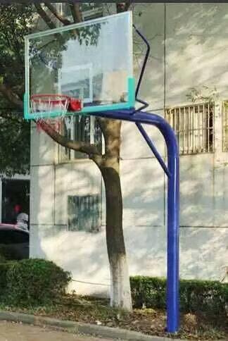衢州篮球架多少钱