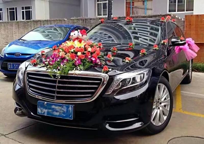 迪拜众多豪车遭车主遗弃罚单太高 手续繁杂(图)_北京豪车租赁_豪车租赁需要什么手续