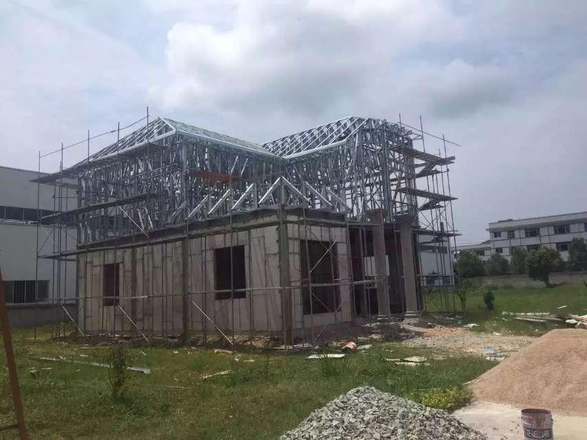 有品质的轻钢结构建筑专用构件成型设备价格怎么样_厦门轻钢别墅成型