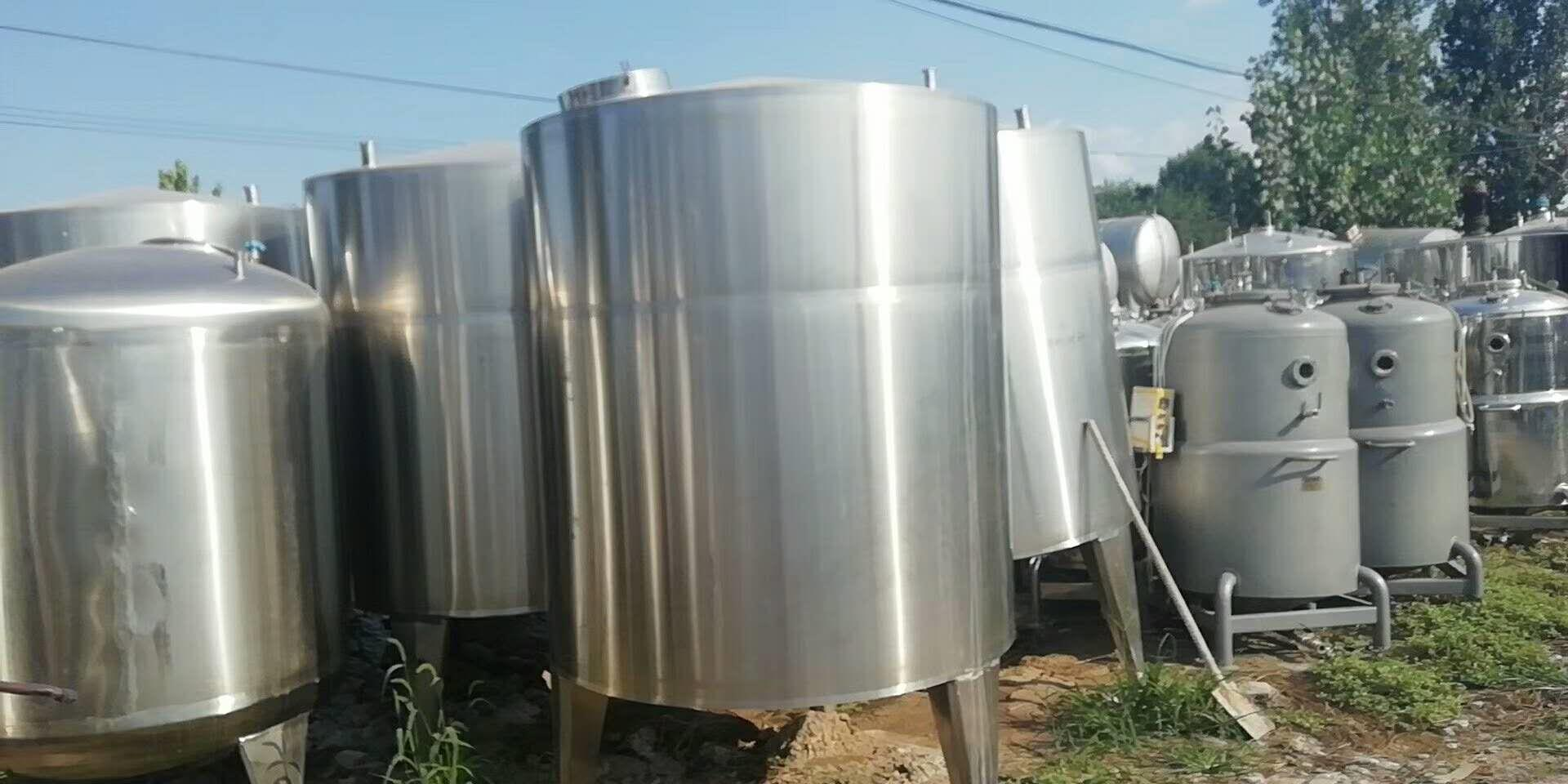 北京长期供应二手不锈钢储存罐
