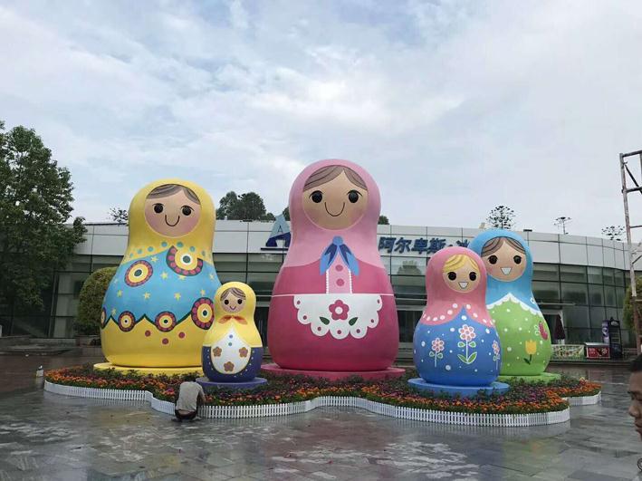 海南玻璃钢雕塑厂