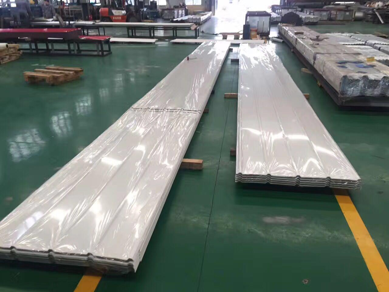YX25-205-1025氟碳彩钢板加工厂