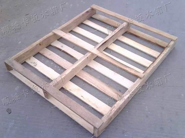 专业定做东莞卡板制造厂