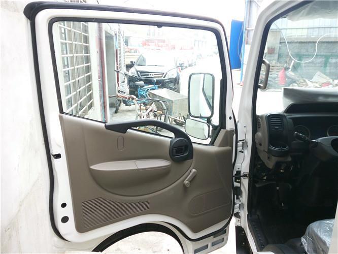 金华东风凯普特N300驾驶室
