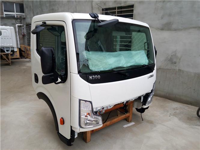 泰州东风凯普特N300驾驶室