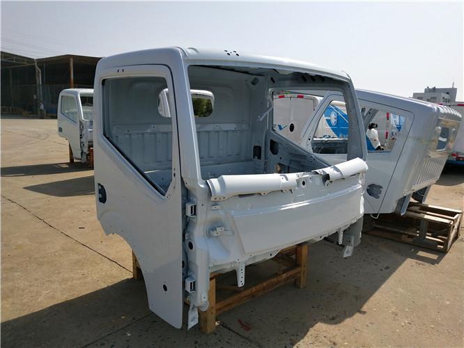 西双版纳东风凯普特N300驾驶室总成空壳配件