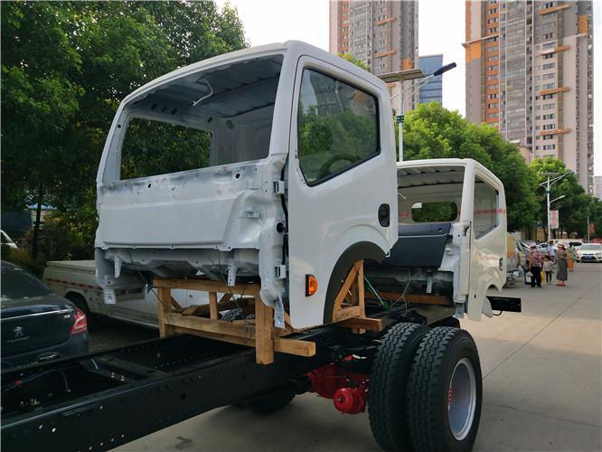 河南郑州日产凯普斯达NT400驾驶室配件