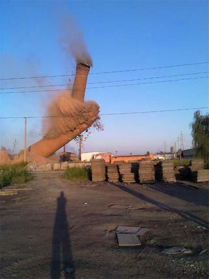 景德镇烟囱拆除
