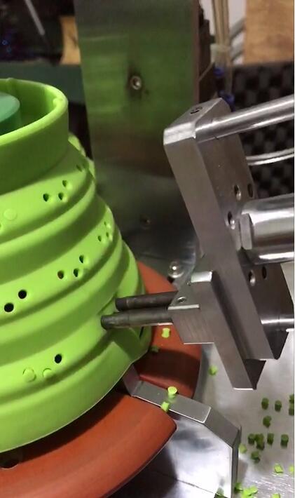 江苏自动硅胶冲孔机生产