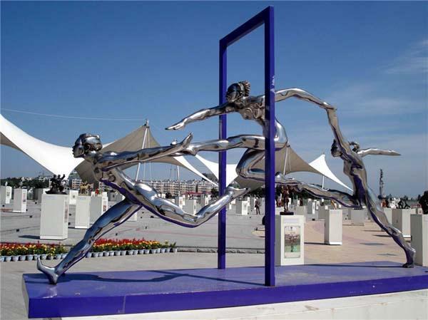 广州市政雕塑公司