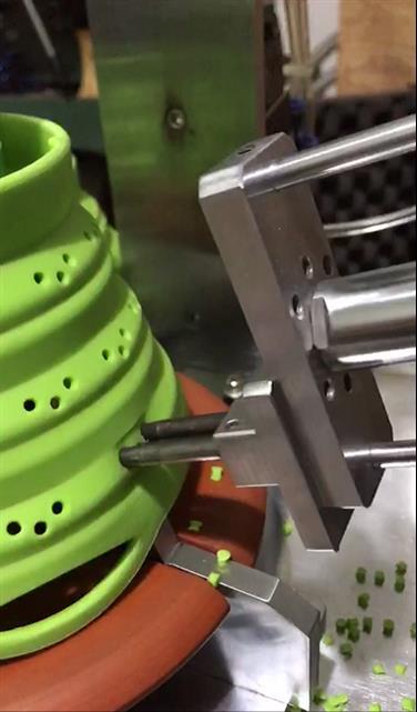 四川自动硅胶打孔机厂
