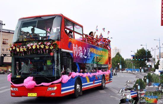 白城双层敞篷巴士提供一站式服务