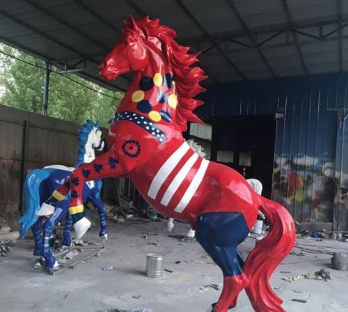 莆田卡通彩绘雕塑