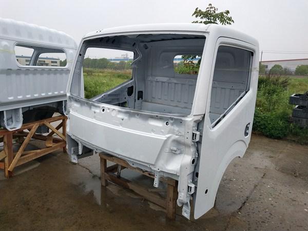 东风凯普特EV350驾驶室空壳
