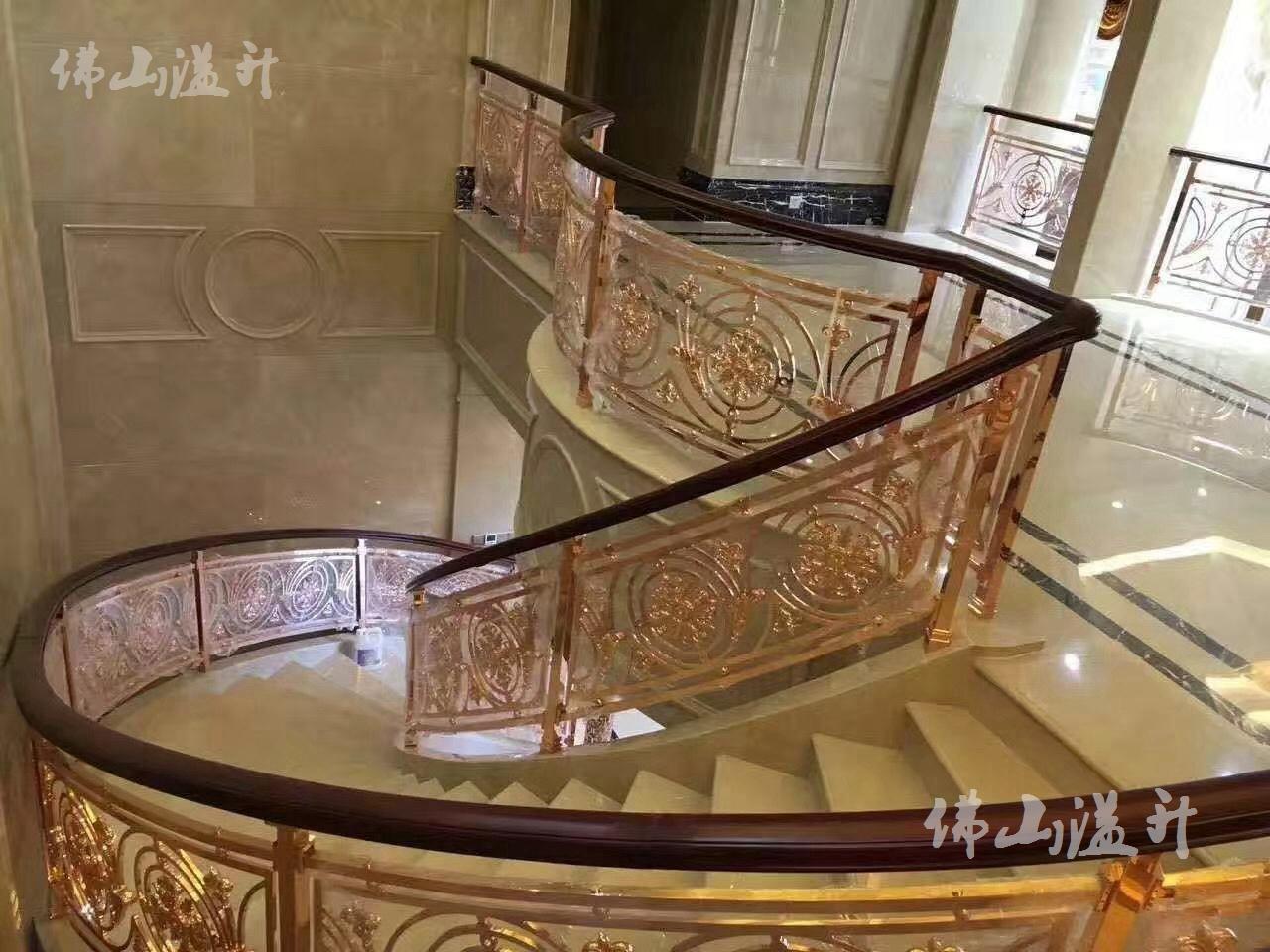 广州弧形铝板雕刻扶手