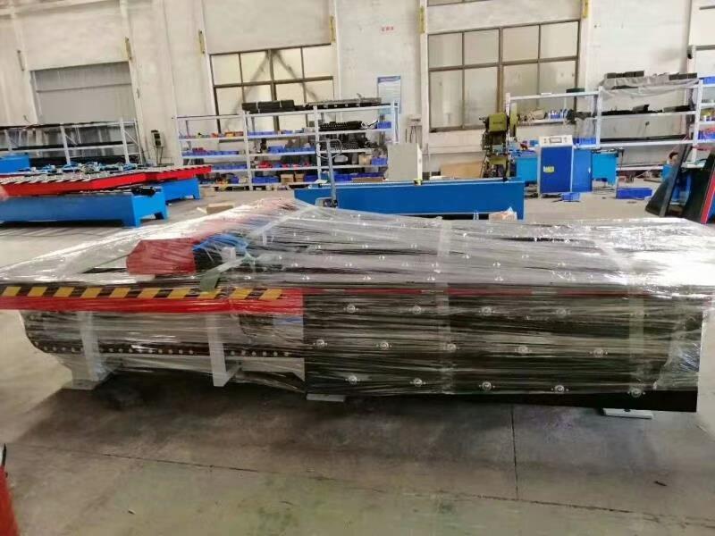 衢州货架展示架数控冲孔机