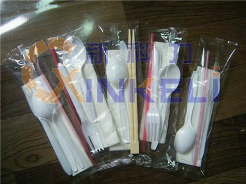 纸巾刀叉包装机出售