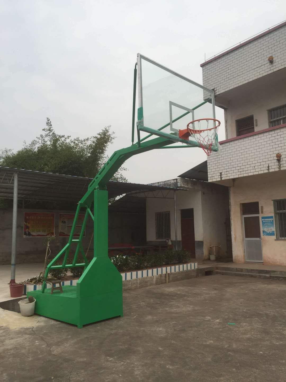 南宁农村篮球架经销商