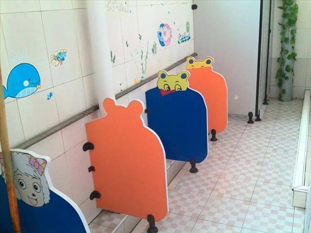 遵义幼儿园洗手间间隔厂家 云群装潢