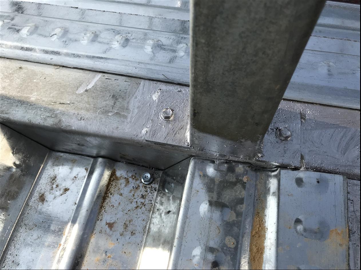但是轻钢结构完全不用混凝土,因此不存在这个问题.