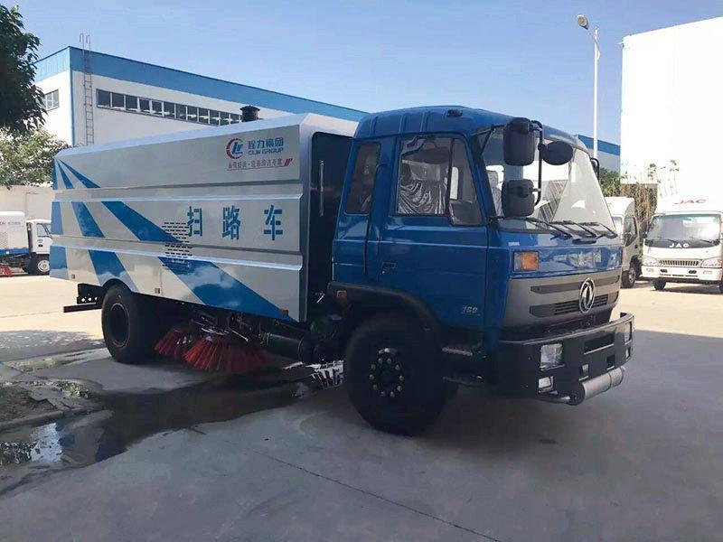 吸尘式扫路车生产